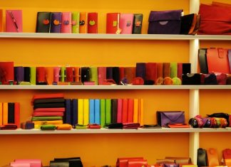 Tips For Foreigner Opening a Retail Shop In Singapore