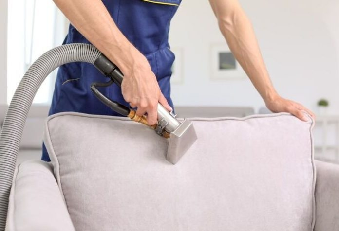 7 Mistakes to Avoid on Upholstery Cleaning